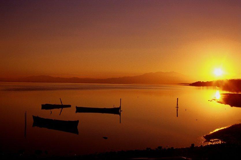 Coucher de soleil sur Leucate. - © D.R.