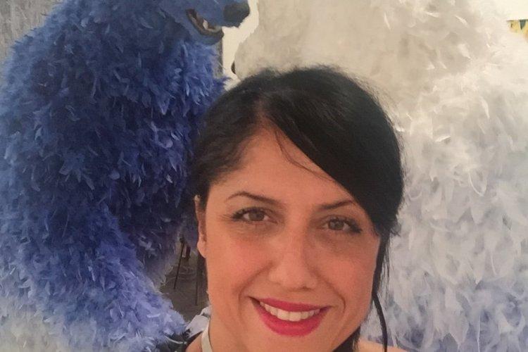 Selfie avec 2 ours à plumes-Art Basel-Miami Beach Convention Center - © Saliha HADJ-DJILANI