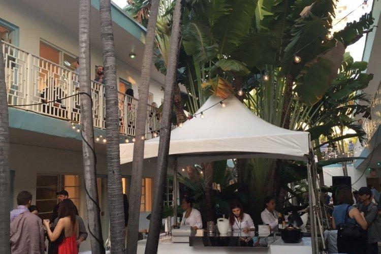Aqua art Miami-Hotel Aqua - © Saliha HADJ-DJILANI