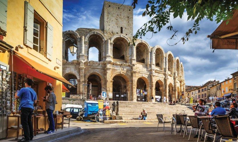 Arles, métropole de la Gaule romaine et capitale de la photo