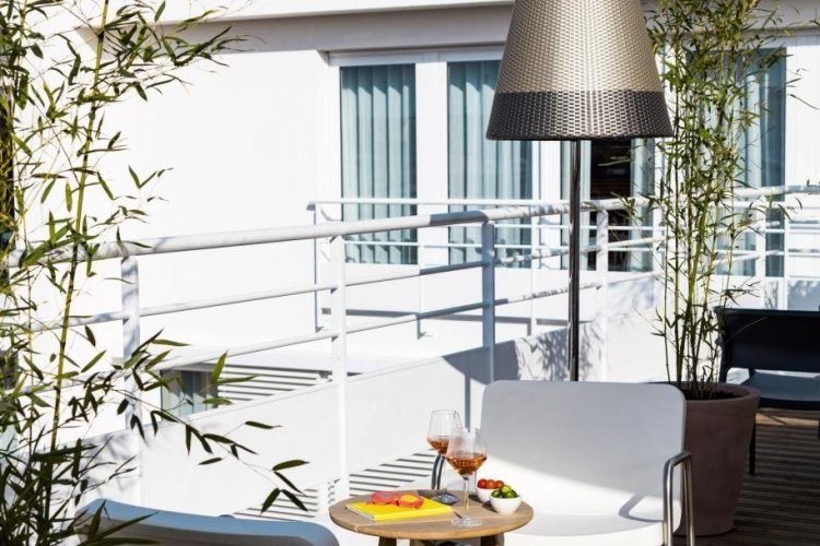 - © OKKO HOTELS Cannes