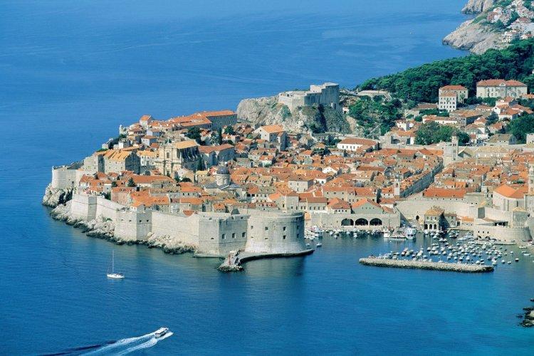 Survol de la ville de Dubrovnik. - © Author's Image