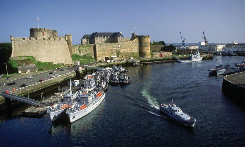 Brest, la cité maritime en effervescence