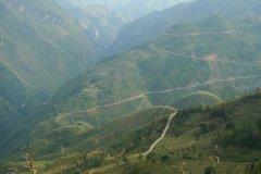 Route des cimes dans les environs de Bac Ha. (© Ann-My Varella)