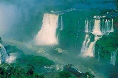 Chutes d'Iguazú. (© H.Fougère - Iconotec)