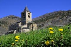 Église Saint-Julien d'Axiat. (© Yvon52 - Shutterstock.com)