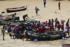 Retour de pêche à Tarrafal. (© Chloé OBARA)