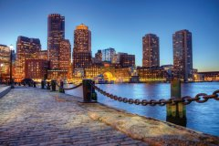 Boston harborwalk. (© Denis TANGNEY JR)