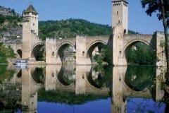 Le pont Valentré - Cahors (© PHOVOIR)
