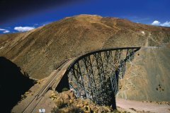 Viaduc La Polvorilla sur lequel passe le Tren a las Nubes. (© Sylvie Ligon)
