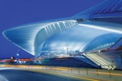 Bâtiment futuriste de la gare ferroviaire des Guillemins. (© Maciej NOSKOWSKI)