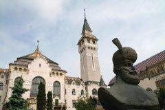 Le palais de l'Administration de Târgu Mureş. (© Stéphan SZEREMETA)