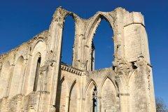 Abbaye de Maillezais. (© Linda CASTAGNIE)