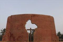 Le mémorial de Ouidah a été érigé en souvenir de la déportation des esclaves. (© Pascal Mannaerts - www.parcheminsdailleurs.com)