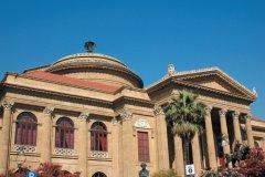 Teatro Massimo, piazza Giuseppe Verdi à Palerme. (© Picsofitalia.com)