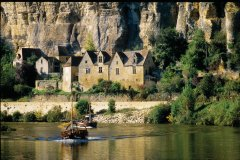 Gabare sur la Dordogne (© VINCENT FORMICA)