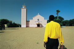 Mission chrétienne de Foundiougne. (© Tom Pepeira - Iconotec)