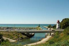 Marina et phare de Kincardine, sur les rives du lac Huron. (© Valérie FORTIER)