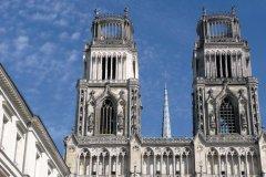 La cathédrale Sainte-Croix d'Orléans (© GERARD DUSSOUBS - FOTOLIA)