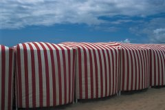 Cabines sur la plage de La Baule (© MARC AUGER - ICONOTEC)