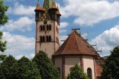 Etonnant clocher roman de l'église de Châtenois. (© Marie Catherine ACH)