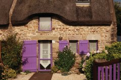 Maison traditionnelle au toit de chaume, Sarzeau. (© Irène Alastruey - Author's Image)