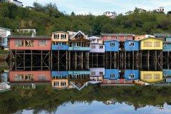 Maisons sur pilotis de l'archipel de Chiloe. (© Roccomontoya - iStockphoto)
