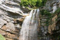 Le Grand Saut sur le site des cascades du Hérisson. (© exis BORG - Fotolia)