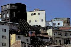 Funiculaire à Valparaiso (© H.Fougère - Iconotec)