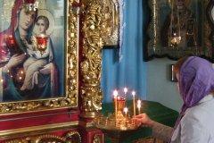 Pratique religieuse à Krasnoïarsk (© Stéphan SZEREMETA)