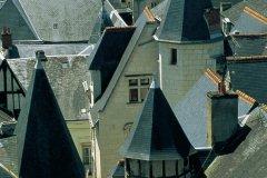 Les toits de Chinon (© MARC JAUNEAUD - ICONOTEC)