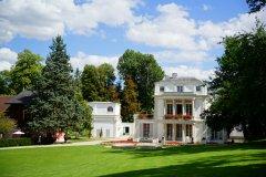 Entre 1860 et 1879, cette maison et son jardin furent la propriété de la famille Caillebotte. (© PROPRIÉTÉ CAILLEBOTTE)