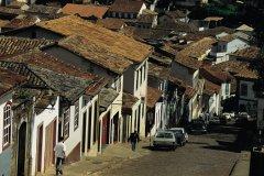Les rues sont escarpées à Ouro Preto. (© Tom Pepeira - Iconotec)