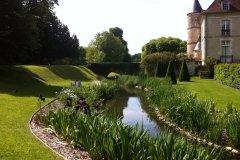 Les rives et tourelles du parc et château de Pesselières. (© Parc et Château de Pesselières)