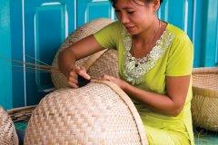 Fabrication de panniers en osier. (© Author's Image)