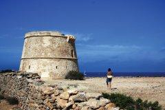 Tour de Sa Gavina. (© Conselleria de Turisme de Formentera - Moonkoala)