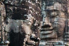 Têtes de Bouddha de pierre au Temple Bayon à Angkor. (© Jordan Banks)