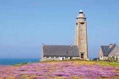 Le phare de Fermanville. (© Vidalidali - iStockphoto)