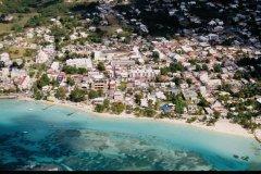 Survol de la Guadeloupe. (© Vincent FORMICA)