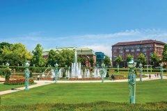 Les fontaines de Friedrichsplatz. (© Mikhail Markovskiy - iStockphoto)