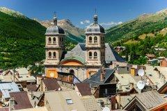 La ville de Briançon. (© mbonaparte - stock.adobe.com)