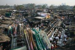Dhobi Ghat est un immense lavoir en plein air bien connu à Mumbai. (© Pascal Mannaerts - www.parcheminsdailleurs.com)