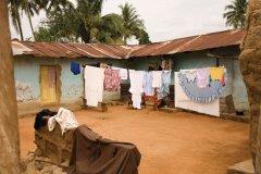 Village typique de la région d'Accra. (© LindasPhotography - iStockphoto.com)