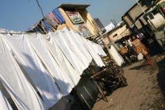 Dhobi Ghat, où est lavé à la main le linge de Bombay. (© Stéphan SZEREMETA)