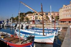 Le port de Sanary-sur-Mer (© Christian MUSAT - Fotolia)