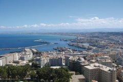 Vue sur la ville et sur le port d'Alger. (© Jean-Paul LABOURDETTE)