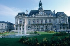L'Hôtel de Ville de Tours (© DANIÈLE CATI - ICONOTEC)