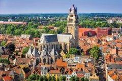 Vue sur la vieille ville de Bruges. (© MartinM303 - iStockphoto)