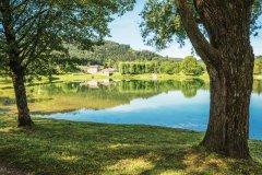 Plan d'eau de Remiremont. (© OFFICE DE TOURISME COMMUNAUTAIRE REMIREMONT-PLOMBIÈRES-LES-BAINS)