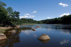 Le lac du Merle, dans le Sidobre (© LL PHOTOGRAPHY - FOTOLIA)